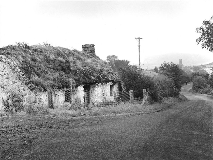Image: The house in its original location (HOYFM.L1468.4)