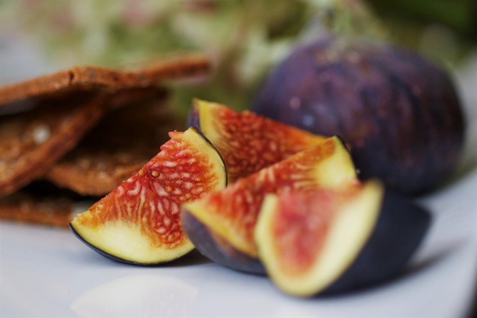 Image: Figs for fig pudding