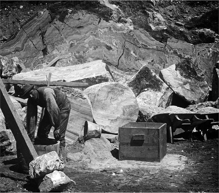 Image: A worker in a quarry in Recess, County Galway, 1895 (BELUM.Y13403).