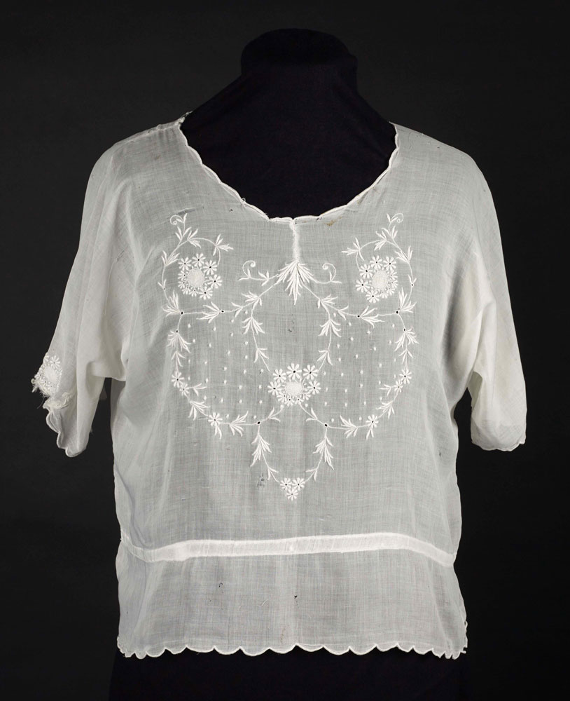 Cotton blouse, early 1920s