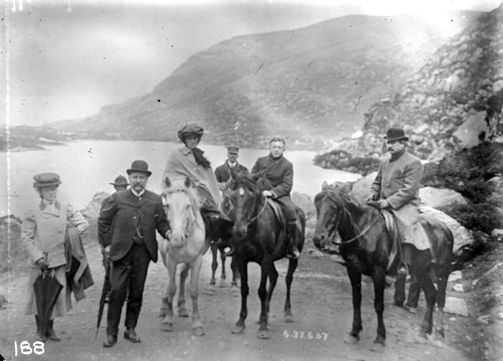 Members of the McKinney and Dundee families horse riding in Killarney, County Kerry. HOYFM.DUNDEE.188 © National Museums Northern Ireland